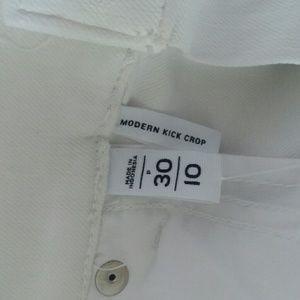 LOFT Jeans - [NWT!] LOFT white Modern Kick Crop Jeans